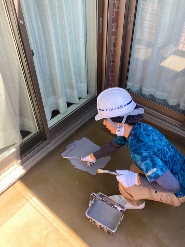 久留米市 各種塗装 ベランダ・基礎巾木・腰壁 写真4
